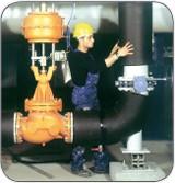 Обычно теплоизоляционная система должна состоять из теплоизоляционного и покровного слоев и элементов крепления